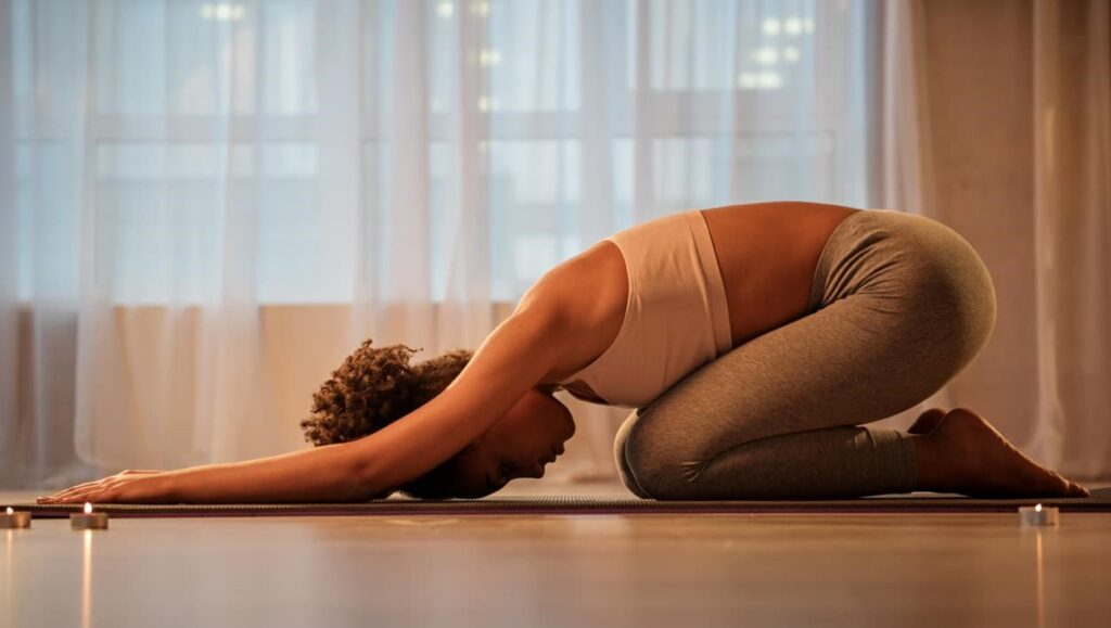 Benefícios do yoga, dores nas costas