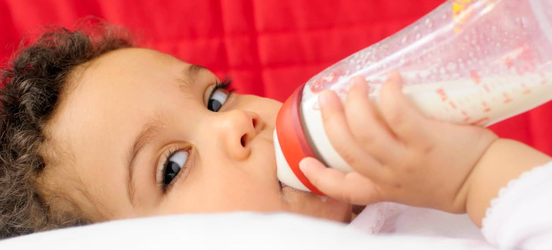 Fórmula infantil ou composto lácteo