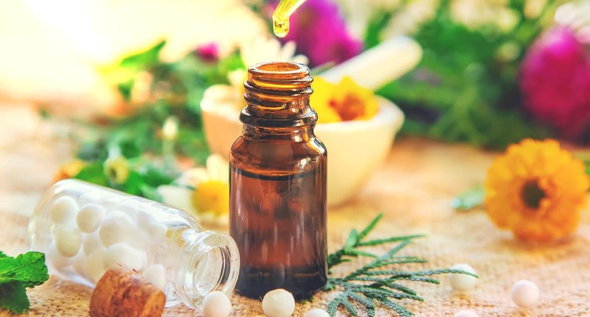 Homeopatia, fitoterapia e florais
